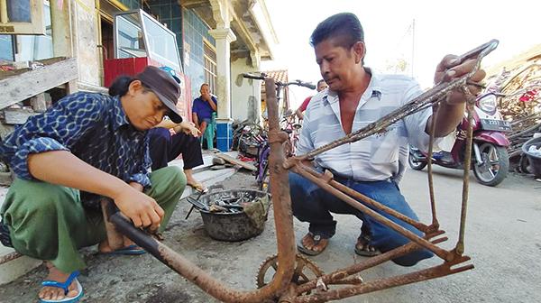 Tren Bersepeda Penjualan Sepeda Rongsok Meningkat Suara Cirebon
